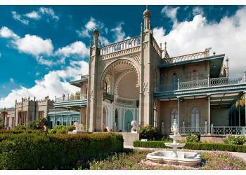voroncovskij-dvorec.jpg